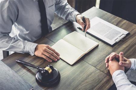 עורך דין דיני עבודה, הגירה וגירושין CNK