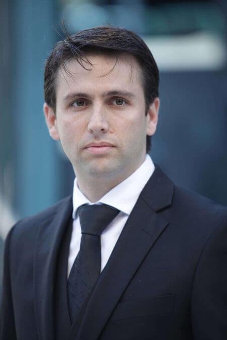 דן קלדרון עורך דין דיני עבודה, משפחה והגירה