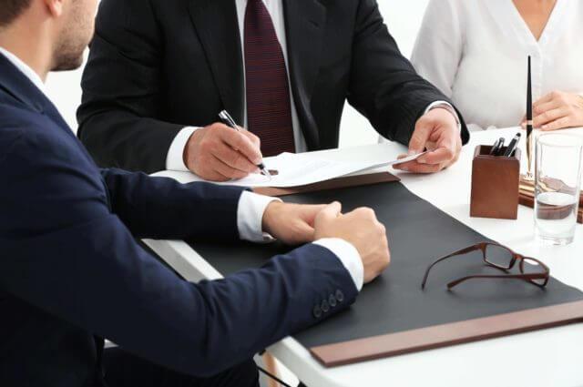 איך לבחור עורך דין לענייני אזרחות ישראלי
